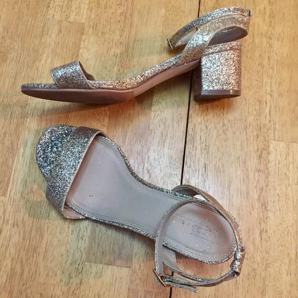 313586ea1acd ASOS Shoes - ASOS Metallic Gold Block Heels Size 9 Wide Fit